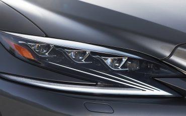 Lexus-LS-500h-exterieur-2018-35