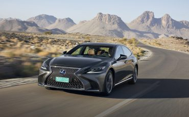 Lexus-LS-500h-exterieur-2018-4