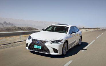 Lexus-LS-500h-exterieur-2018-5