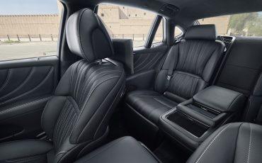 Lexus-LS-500h-interieur-2018-17