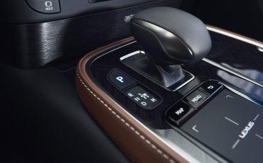 Lexus-LS-500h-interieur-2018-22