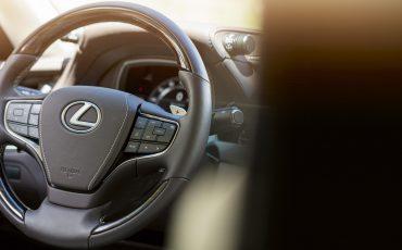 Lexus-LS-500h-interieur-2018-37