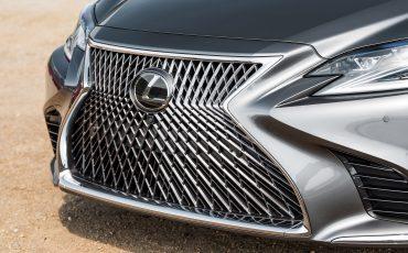 Lexus met twee primeurs op Masters of LXRY