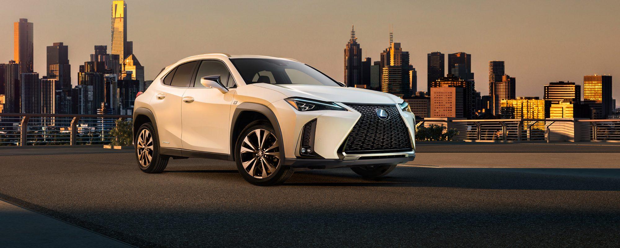 Eerste officiële beelden Lexus UX