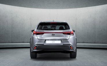 09_Lexus_UX