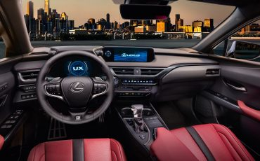 15_Lexus_UX_F_SPORT