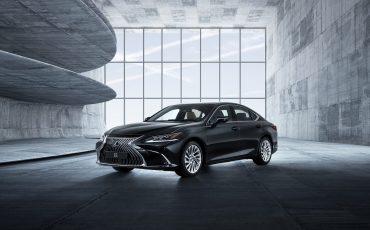 01-Lexus-ES