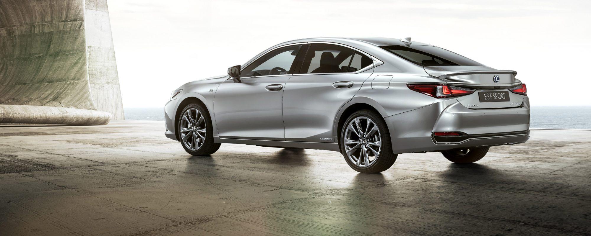 Lexus ES: prestaties en verfijning voor de zakelijke rijder