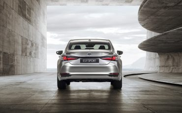 07-Lexus-ES-F-SPORT