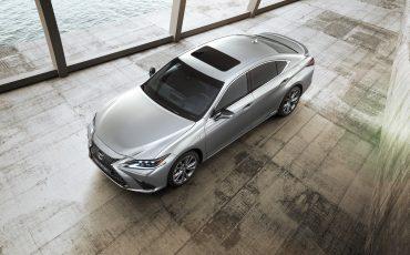 11-Lexus-ES-F-SPORT