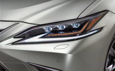 16-Lexus-ES-F-SPORT