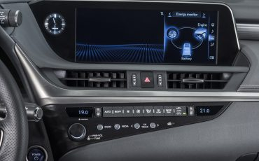 22-Lexus-ES-F-SPORT