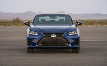 39-Lexus-ES-F-SPORT