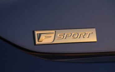 42-Lexus-ES-F-SPORT