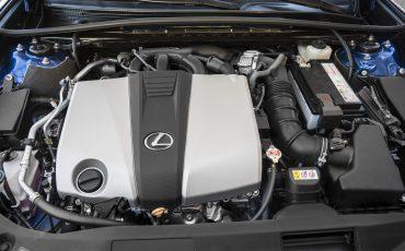 46-Lexus-ES-F-SPORT