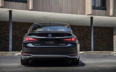 Lexus ES 300H - GRAPHITE BLACK (4)