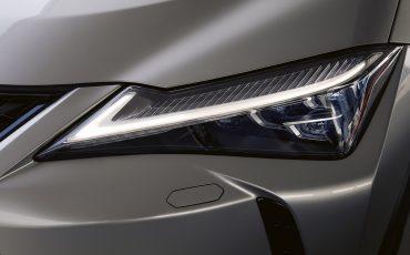 02-Lexus-UX-250h