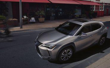 04-Lexus-UX-250h