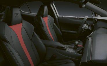 04-Lexus-UX-250h-F-SPORT