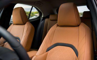 Zeven-unieke-kenmerken-van-de-nieuwe-Lexus-UX-7