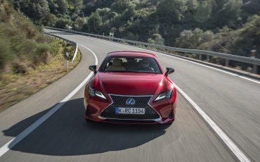 03-Lexus-RC-300h-Radiant-Red-dynamic