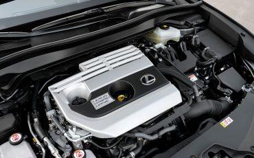 03-Lexus-UX-250h