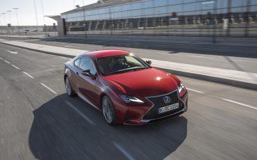 20-Lexus-RC-300h-Radiant-Red-dynamic