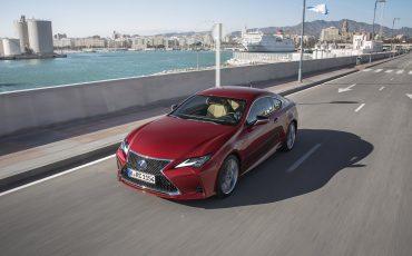 25-Lexus-RC-300h-Radiant-Red-dynamic
