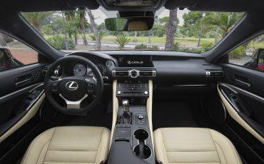 29-Lexus-RC-300h-Radiant-Red-detail
