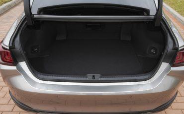 30-Lexus-ES-300h-Sonic-Titanium-detail