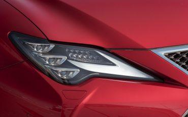 32-Lexus-RC-300h-Radiant-Red-detail