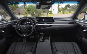 33-Lexus-ES-300h-Sonic-Titanium-detail