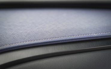 03-Lexus-UX-interior-cobalt