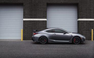 16-Lexus-op-Autosalon-Geneve-Lexus-RC-F