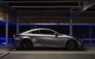 02-Lexus-ontwikkelt-reclamecampagne-voor-slechts-een-auto