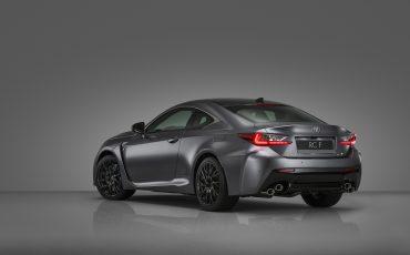 03-Lexus-ontwikkelt-reclamecampagne-voor-slechts-een-auto