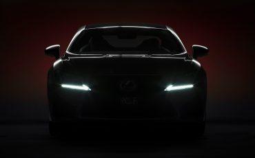 04-Lexus-ontwikkelt-reclamecampagne-voor-slechts-een-auto