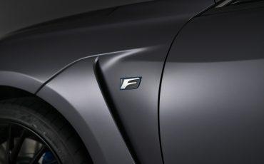 06-Lexus-ontwikkelt-reclamecampagne-voor-slechts-een-auto