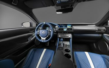 14-Lexus-ontwikkelt-reclamecampagne-voor-slechts-een-auto