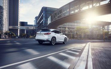 02-Vernieuwde-Lexus-RX-450h