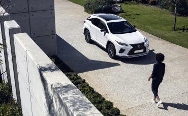 05-Vernieuwde-Lexus-RX-450h
