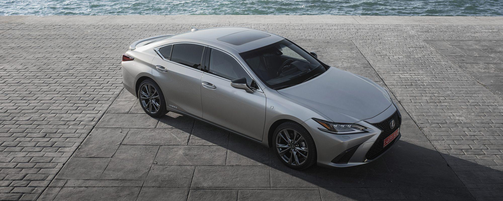 ADAC Ecotest: Lexus ES 300[h] in praktijk beste score in zijn klasse