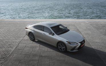 01-ADAC-Ecotest-Lexus-ES-300h-in-praktijk-beste-score-in-zijn-klasse