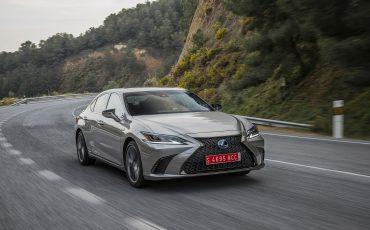 02-ADAC-Ecotest-Lexus-ES-300h-in-praktijk-beste-score-in-zijn-klasse