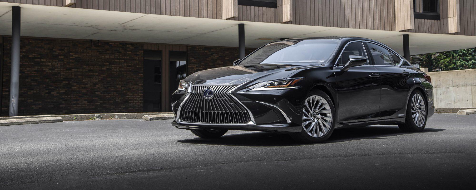 Lexus ES 300[h] op de Taxi Expo 2019