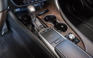 08-Nieuwe-2020-Lexus-RX-450h