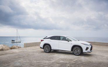 28-Nieuwe-2020-Lexus-RX-450h
