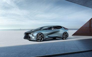 04-Geneva-Motor-Show-Lexus-met-drie-belangrijke-Europese-publieksprimeurs