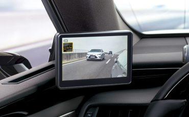 06-Digitale-buitenspiegels-voor-de-Lexus-ES