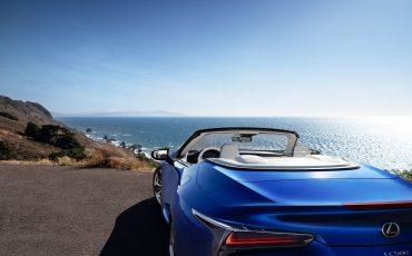 09-Geneva-Motor-Show-Lexus-met-drie-belangrijke-Europese-publieksprimeurs